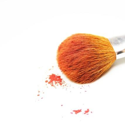 makeup-484257_1920